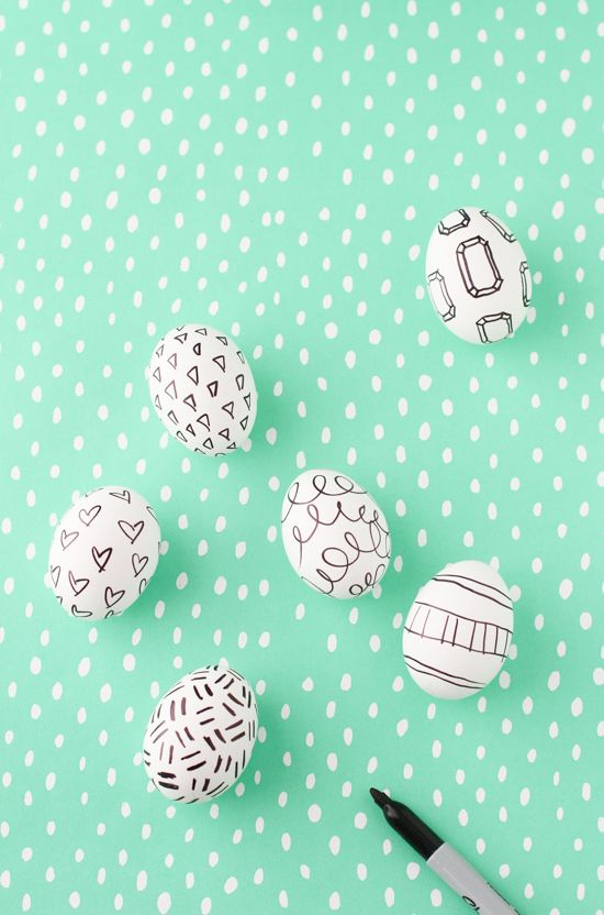 Make This: Super Easy Easter Egg DIY with Sharpies - Paper & Stitch