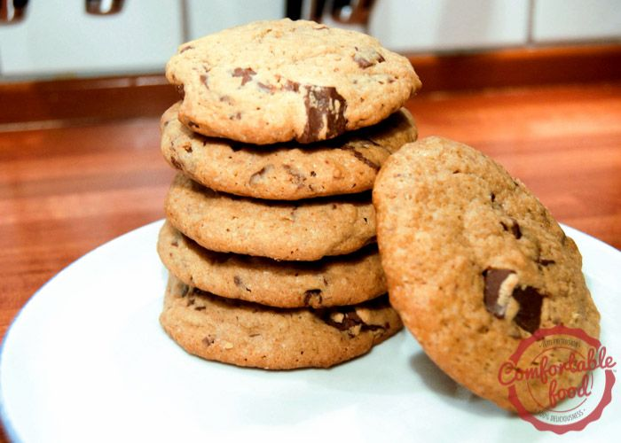 comfortable food - chocolate chip peanut butter cookies