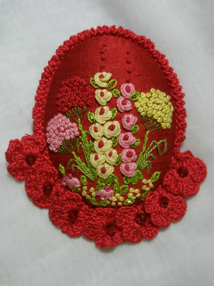 Brooch.. Hollyhocks with flower crochet edging by LIA, Jakarta Indonesia