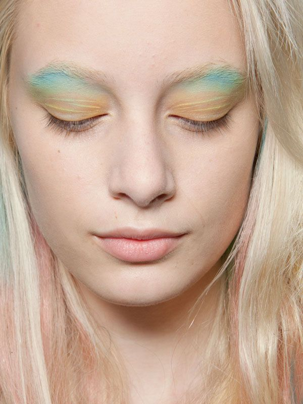 Turquoise and yellow eyeshadow  Peter Som - Spring 2013 beauty
