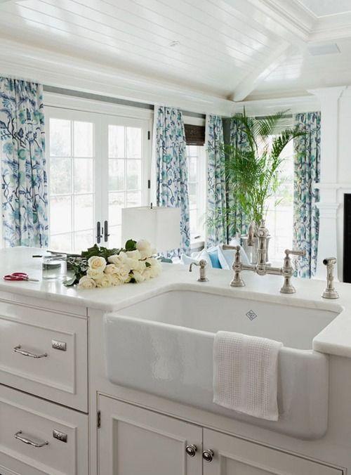 Shaws Farmhouse Sink : SHAW farmhouse sink is my favorite! New kitchen design Pinterest