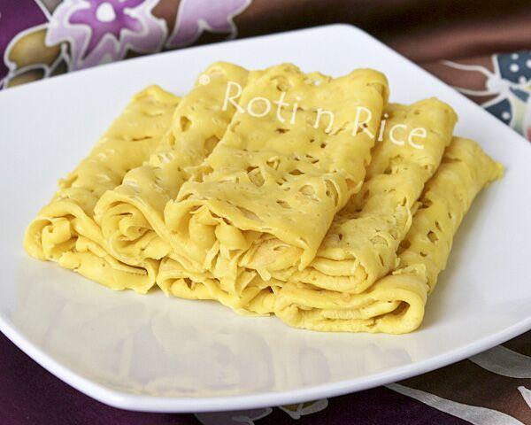 Roti Jala (Net Crepes) - Oh my, i love this dish! Sooooo good with ...
