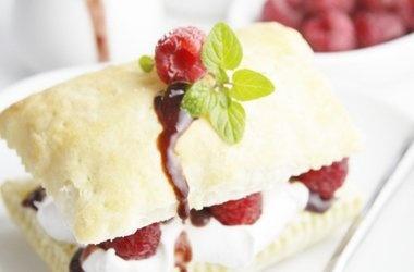 Raspberry Chocolate Napoleons | Desserts | Pinterest