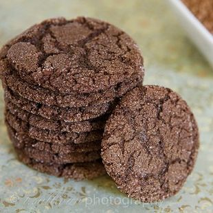 Simple Delicious Dark Chocolate Cookies: These delicious cookies are ...