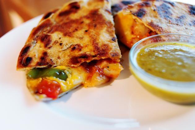 How To Make Quesadillas de Camarones | Recipes | Pinterest