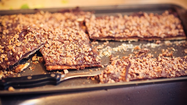 Chocolate Caramel Toffee Crunch Bars | I Want Candy | Pinterest