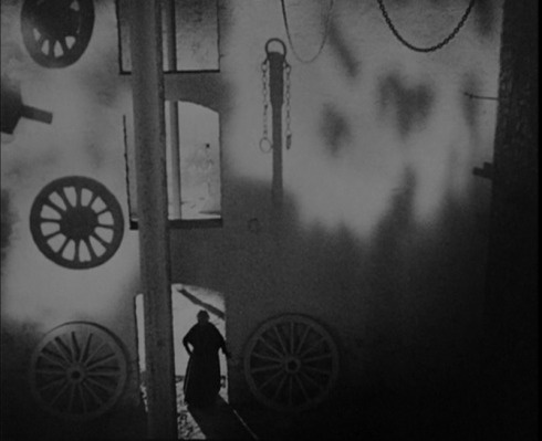 Vampyr (1932), imagery from film said to resemble tableau vivant re-creations of the early paintings of Edvard Munch!