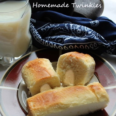 Homemade Twinkies--in case Hostess does stop making them forever!