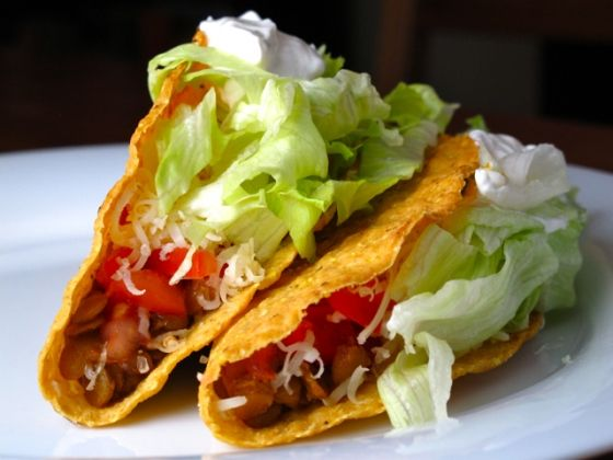 Spiced Lentil Tacos | Feastie | Cocktails & Food | Pinterest