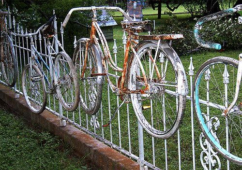 Bicycles upcycle your fence.