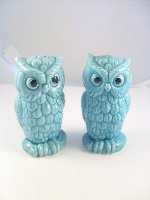For vintage blue owl salt and pepper shakers by theowllady on etsy