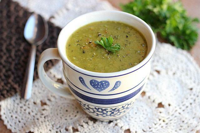 Easy Slow Cooker Split Pea Soup (Vegan). | {Soups/Salads/Sandwiches ...