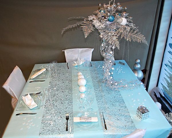 Table de noel bleu lumineuse  Noël  Christmas  Pinterest