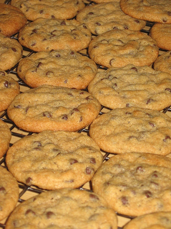 All-American Vegetarian: All-American Chocolate Chip Cookies