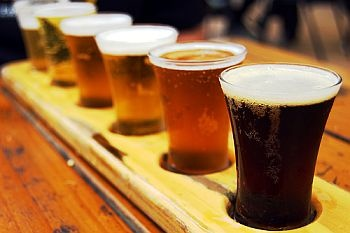 Ommegang Sampler | Beers and burgers | Pinterest