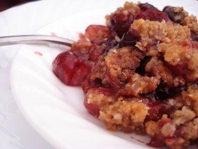 Cherry Vanilla Almond Crisp | Yummies | Pinterest