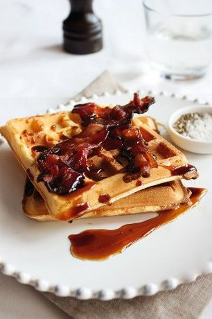 gofry z bekonem // bacon waffles | Breakfast foodies | Pinterest