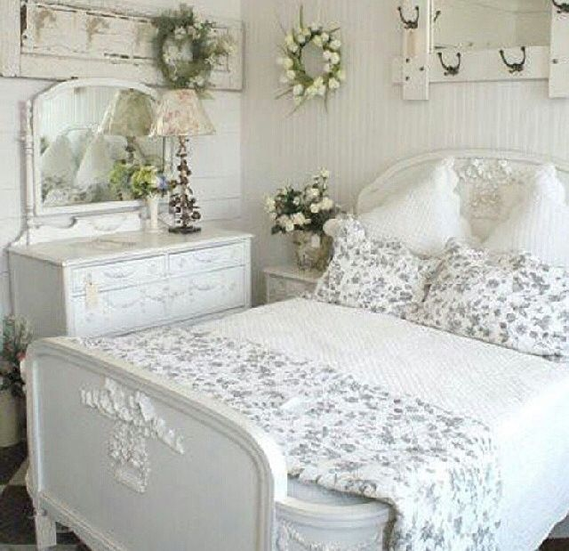 Country shabby chic decor bedroom my shabby chic pinterest Shabby chic bedroom accessories