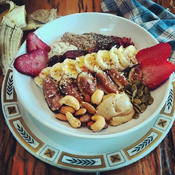 ... flax seeds, chia seeds, vanilla plant protein powder, goji berries