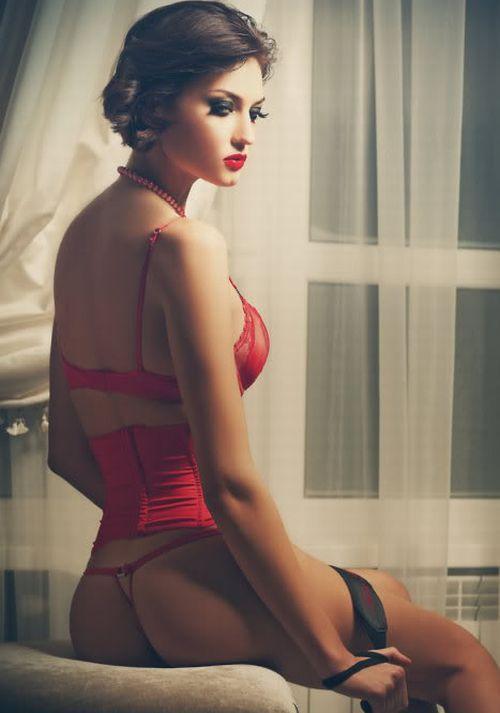Sensual Desire // Beauty | Time to be beautiful | Pinterest: pinterest.com/pin/562387072188207221