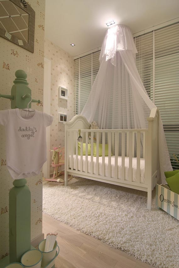 Wedding veil used as a canopy over baby crib how cute for Canopy above crib