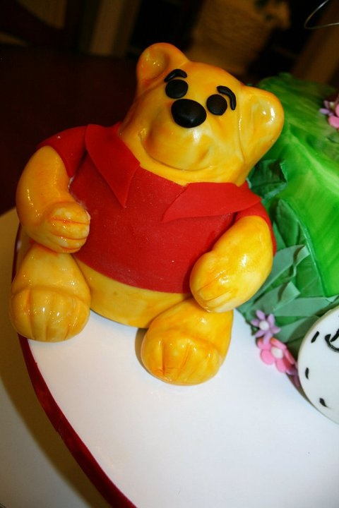 winnie the pooh smash cake