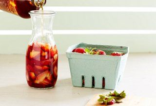 How to make strawberry-infused bourbon, plus a Strawberry Mint Julep ...