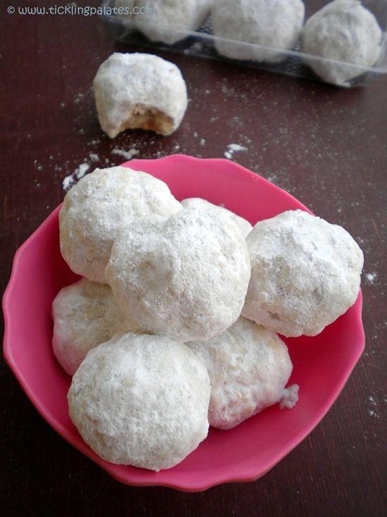 Snowball Cookies / Mexican Wedding Cookies / Russian Teacakes #cookies ...