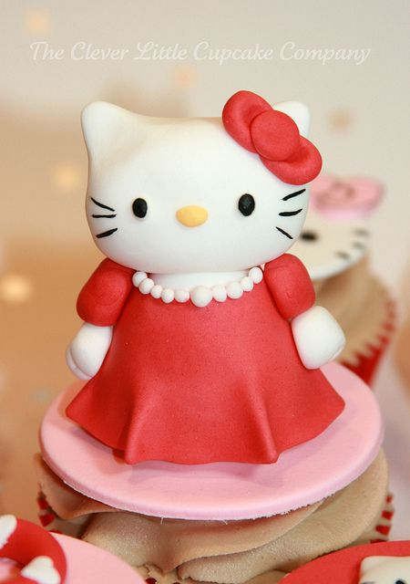 Hello Kitty Cupcakes by The Clever Little Cupcake Company (Amanda), via Flickr