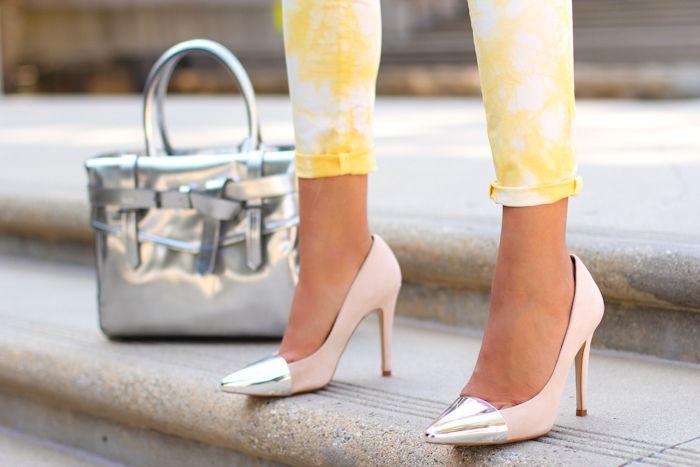 Silver bag & capped toe pumps