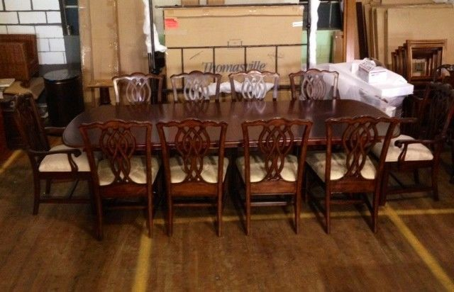 thomasville furniture tate street dining set 2 arms and 4 side chairs