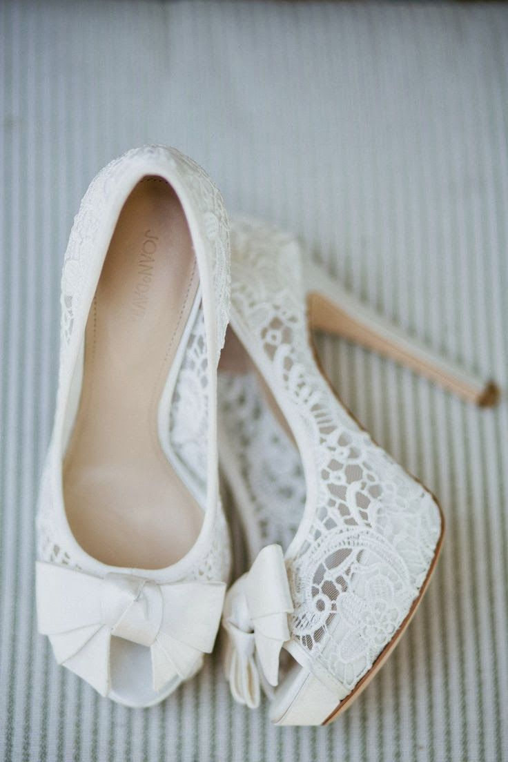 Simply Cute White Lace Wedding Heels www.louboutini.de.vc   is a good store for you. $138  Get the right heels to match with your jewellery!