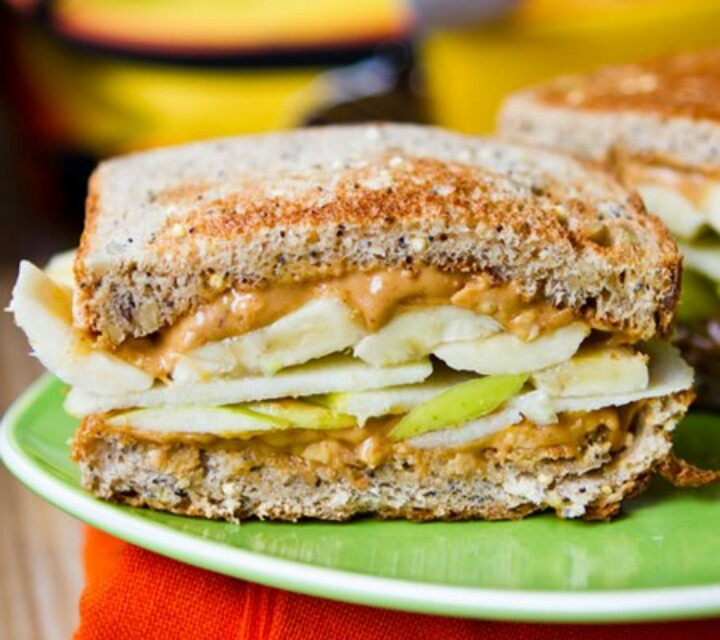 Peanut butter and apple sandwiches :) | Snacks/Lunches | Pinterest