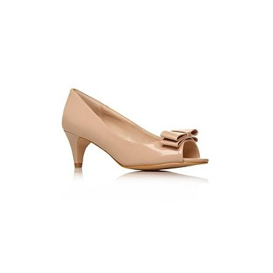 Blush shoes | wedding ideas | Pinterest