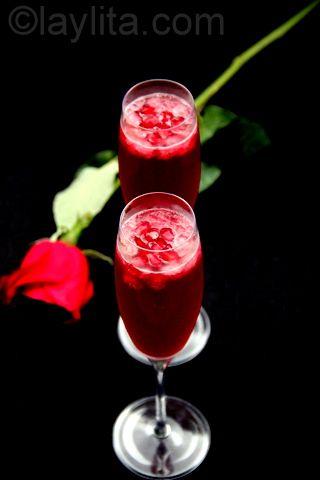 Sparkling pomegranate cocktail recipe http://www.edinarealty.com/kris ...
