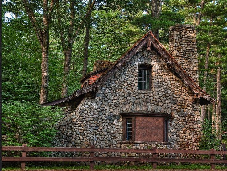 Fairy tale cottage dream cottages pinterest for Fairytale cottage plans