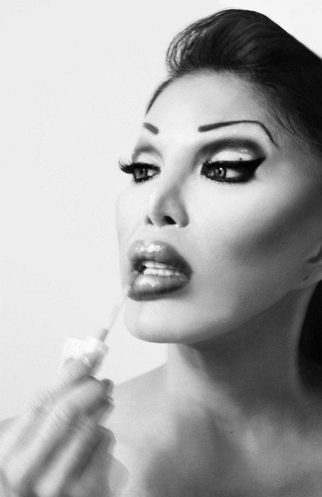 Glamorous Monique Allen