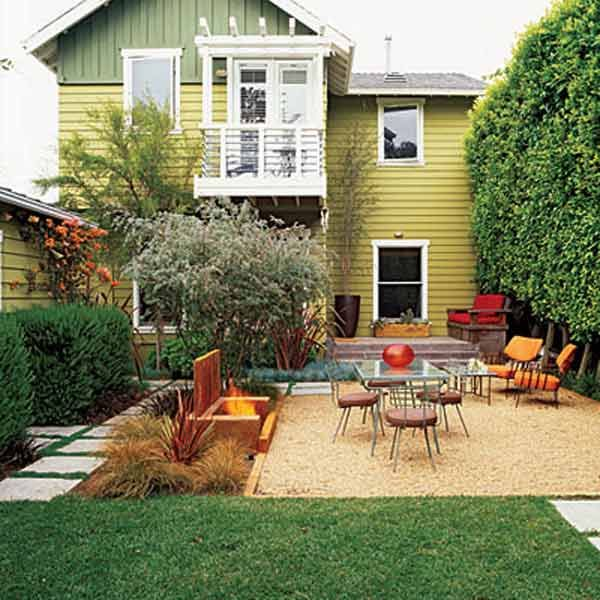 great use of the backyard house in pacific palisades