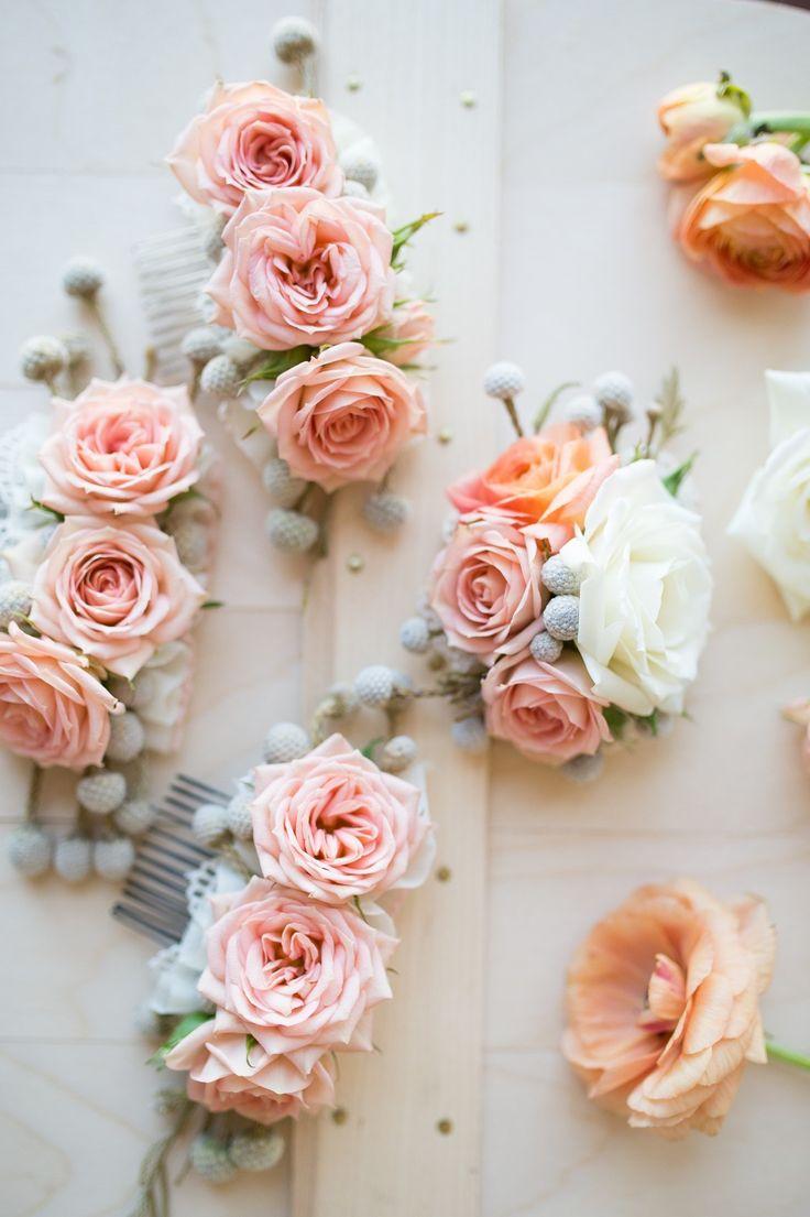 Как сделать украшения из живых цветов и эпоксидной смолы 48
