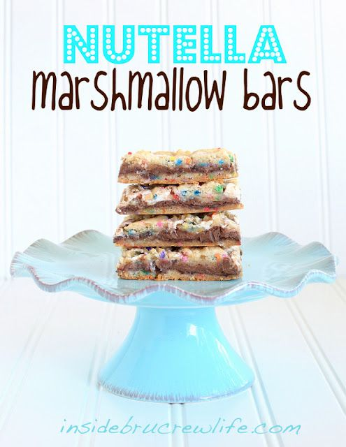 Nutella Marshmallow Bars - easy funfetti cake mix bars filled with nutella and marshmallow fluff.  You won't be able to stop at just one:-) www.insidebrucrew... #nutella #marshmallow #funfetti