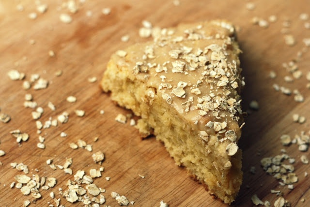 vanilla bean: maple oatmeal scones These were SO good! 2 sticky thumbs ...