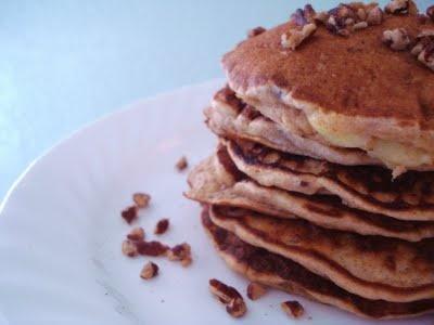 Banana Pecan Pancakes | Goodmorning, Starshine | Pinterest