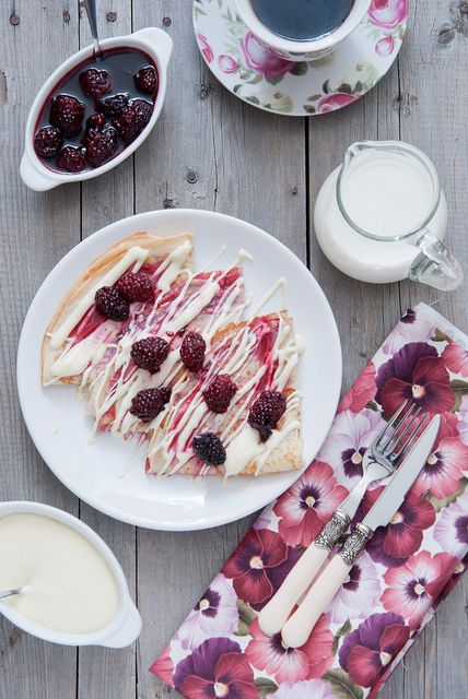 Crepes with mascarpone and blackberries | yummy stuff and what not ...