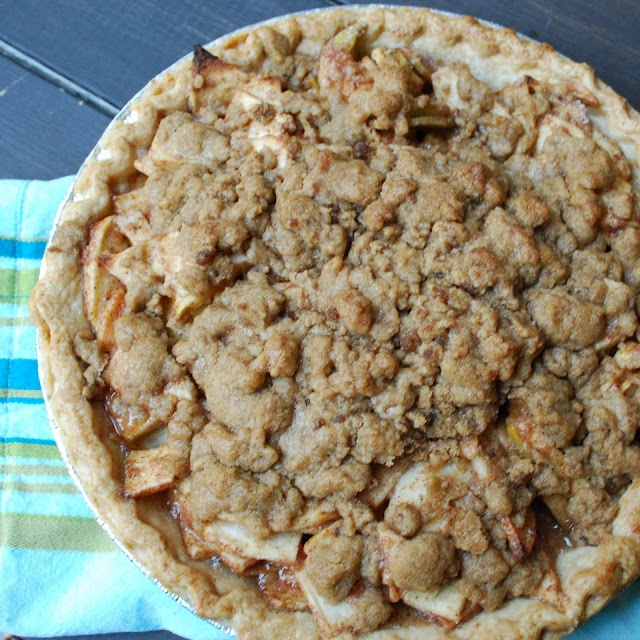 Apple Crumble Pie | I could eat you up!!! | Pinterest