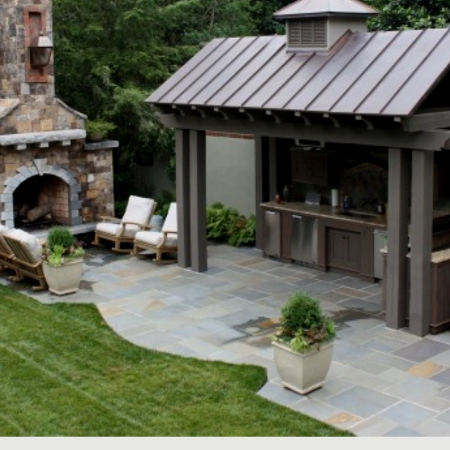 Love the covered outdoor kitchen area one day in my for Outdoor patio cooking area