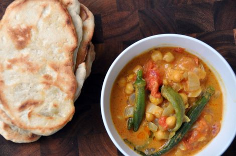 Curried Okra with Chickpeas and Tomatoes | Stews and Soups | Pinterest