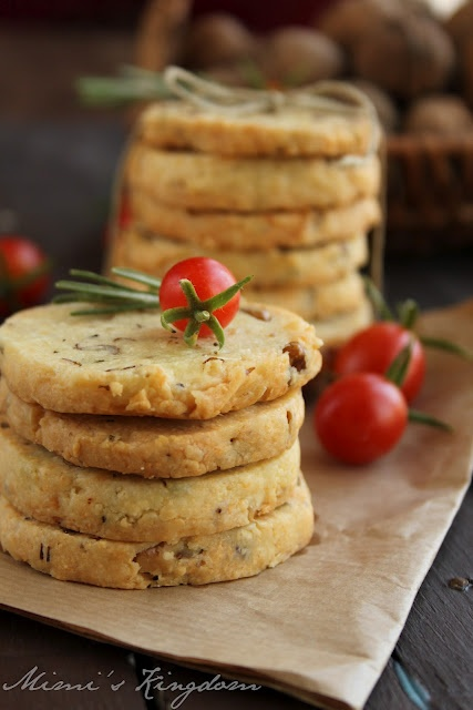 Rosemary and Walnut Crackers @Milkica Crevar Sakac