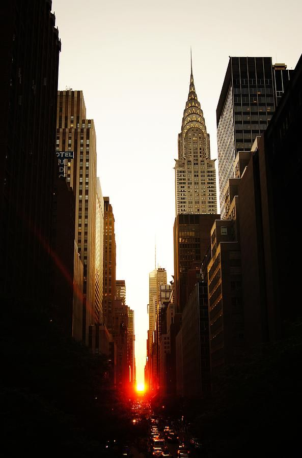 Manhattanhenge Sunset And The Chrysler Building
