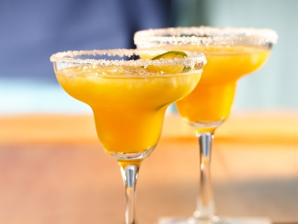 Mango Margaritas-bring a ray of sunshine to a mexican-themed occasion!