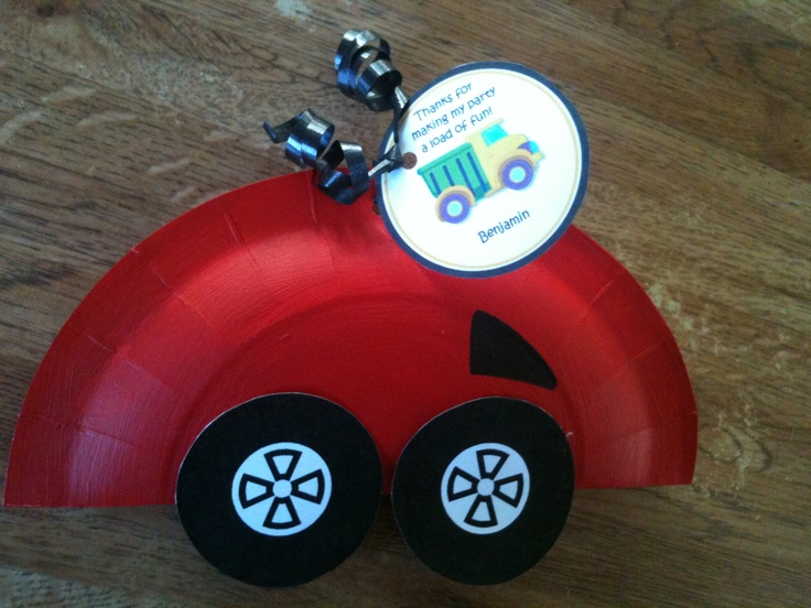 how to make a car out of a paper plate